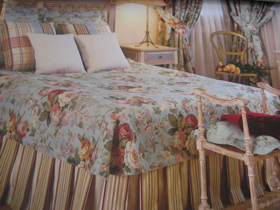 ameublement couvre lit Divers, tapissier decorateur Saint Lieux les Lavaur, atelier d  ameublement couvre lit